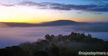 Parador de Verín desde el Castillo Parador de Monterrei, Orense,Ourense, Galicia,España