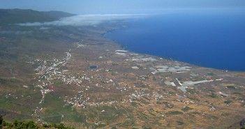 Vistas de la isla de El Hierro, la más pequeña de las Islas Canarias, desde uno de sus miradores