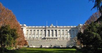 Palacio Real de Madrid desde los Jardines del Campo del Moro