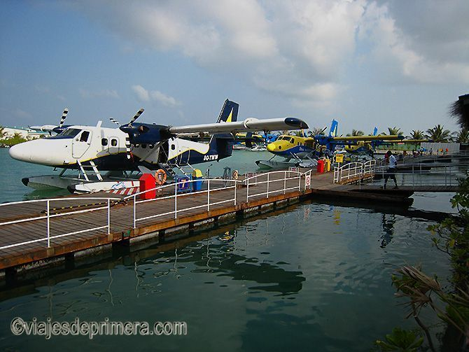 El hidroavión es la manera más rápida de moverse en Maldivas, sobre todo entre Malé, la capital, y tu isla resort