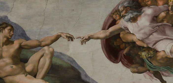 La Capilla Sixtina de los Museos Vaticanos es famosa por los frescos de la Historia del Génesis de Miguel Ángel aunque en ella trabajaron muchos otros importantes artistas del Renacimiento.