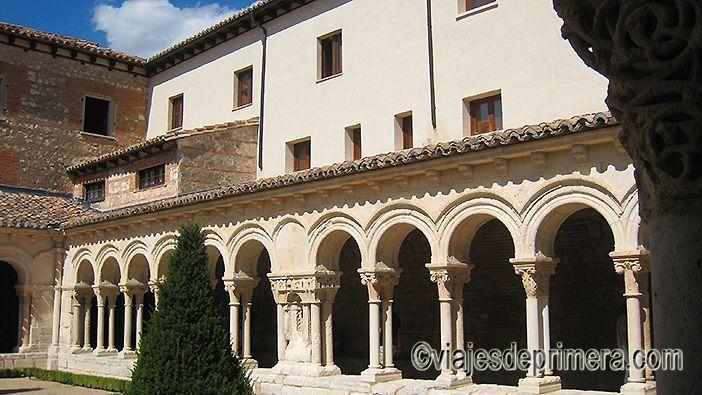 El Claustro de Las Huelgas de Burgos es popularmente conocido como Las Claustrillas