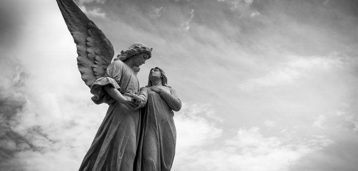 La guía de cementerios de Madrid incluye paradas como el cementerio de La Almudena, uno de los más grandes de Europa