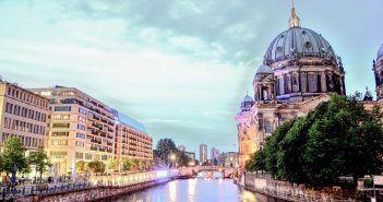 La Catedral de Berlín es uno de los lugares que ver si viajas tres días a la capital de Alemania