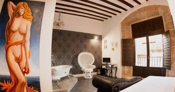 Hoteles eróticos de España, Cupido de viaje