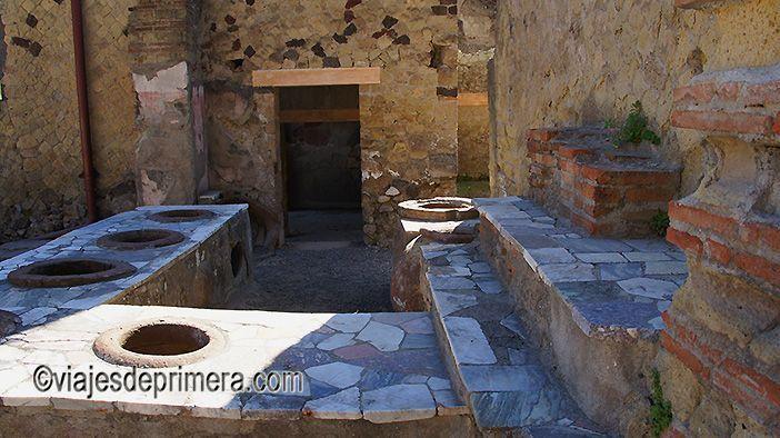 Las tabernas de Pompeya estaban abiertas día y noche porque pocas personas disponían de cocinas en el interior de sus casas.