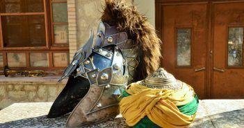 Las fiestas de moros y cristianos son una de las celebraciones más antiguas y polifacéticas de España
