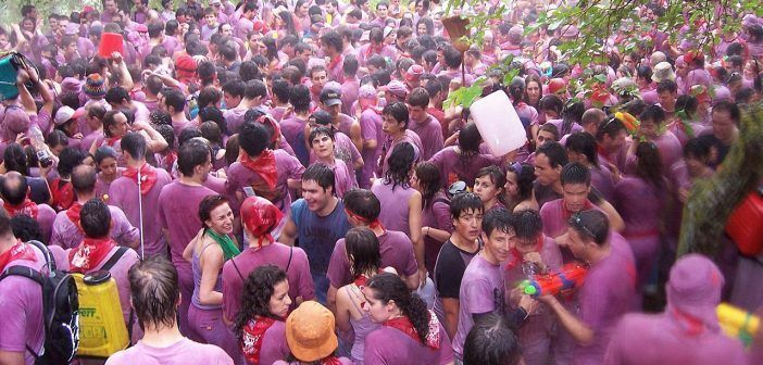 La Batalla del vino de Haro se realiza en los Riscos de Bilibio.