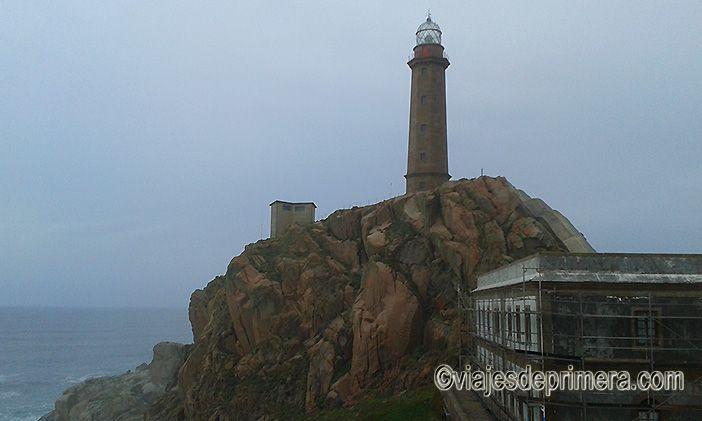 El faro del Cabo Vilán fue el primero de los faros eléctricos de España