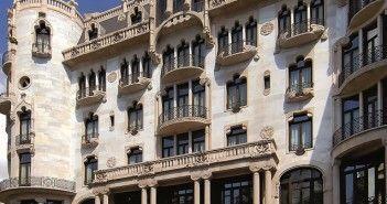 Fachada del hotel Casa Fuster, en Barcelona