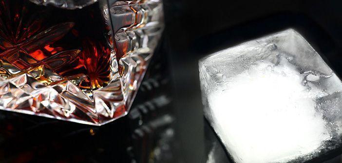 En el bar de hielo de Copenhague las copas cuestan en torno a 20 euros.