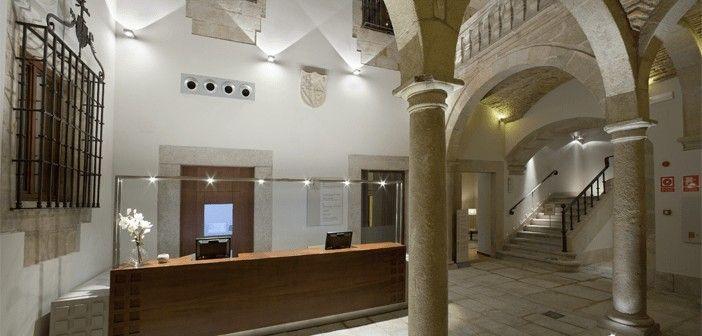 El Parador de Cáceres se ubica en uno de los palacios renacentistas de su casco histórico, Patrimonio de la Humanidad desde 1986