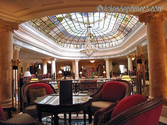 La rotonda del Palacio de Buenavista, diseñado por EL Greco es uno de los espacios más representativos del hotel cinco estrellas Eurostars que ahora hay en este edificio histórico de Toledo.