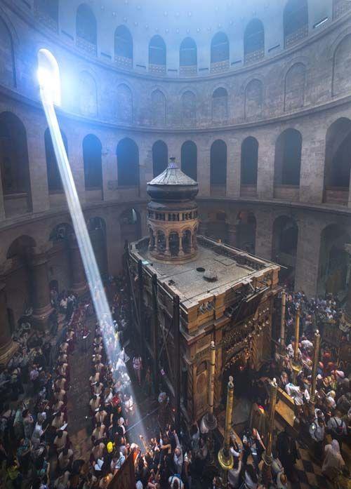 El corazón del Santo Sepulcro de Jerusalén es uno de los lugares más místicos de la ciudad tres veces Santa.