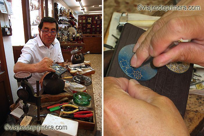 El de damasquinador es uno de los oficios más antiguos de Toledo.