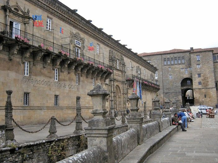 PARADOR-SANTIAGO-COMPOSTELA-HOSTAL-REIS-CATOLICOS-SANTIAGO-COMPOSTELA-GALICIA-ESPAÑA-ESPANA-SPAIN-PEREGRINOS-CAMINO-SANTIAGO-HOTELES-LUJO