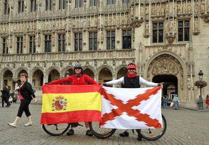 Luis Ángel Jaime Bonet y David López han realizado la ruta del Camino Español en bicicleta.