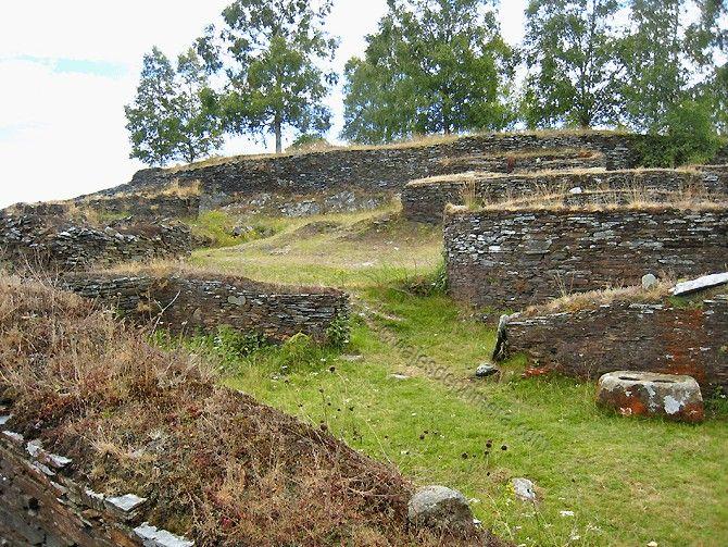 Durante un tiempo se pensó que los castros de Asturias habían sido construidos por los romanos, cuando son muy anteriores a su llegada
