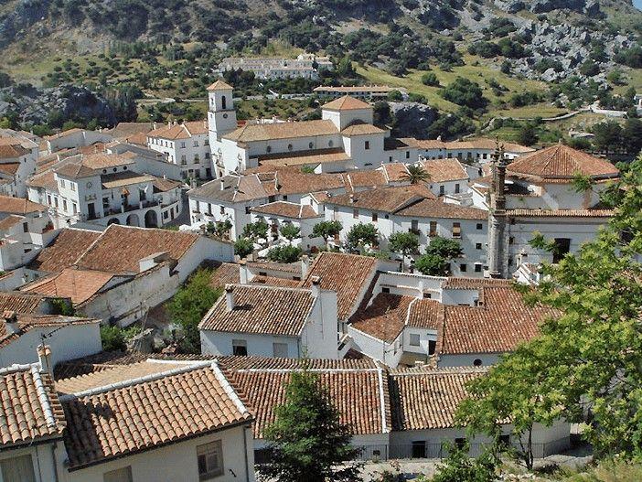 GRAZALEMA-PUEBLO-CADIZ-MALAGA-ANDALUCIA-ESPANA-SPAIN