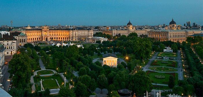VIENA-HELDENPLATZ-THESEUSTEMPEL.RINGSTRASSE-EUROPA-AUSTRIA