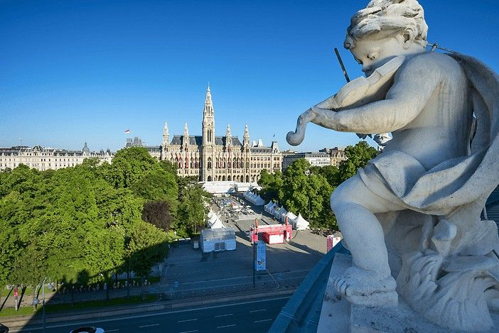 VIENA-CITY-HALL-AUSTRIA-RINGSTRASSE-EUROPA