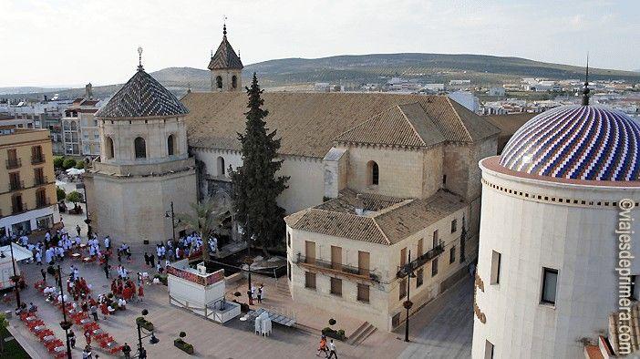 SEMANA-SANTA-CAMINOS-PASION-LUCENA-ANDALUCIA-SAN-MATERO-SANTEROS-TRADICIONES-JUDAISMO-CRISTIANISMO-CATOLICISMO