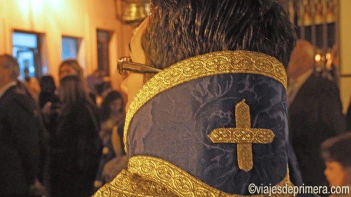 El Sábado Santo en Cabra procesionan la Virgen de la Soledad y Quinta Angustia.