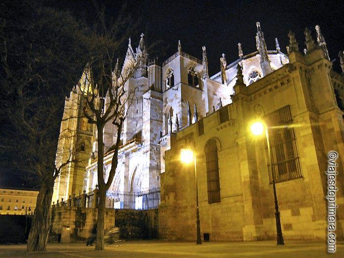 Los cimientos de la Catedral de León se asientan sobre unas antiguas termas romanas.
