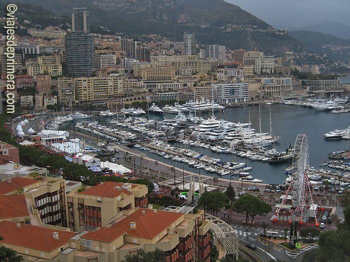 Vistas del Principado de Mónaco y de su puerto deportivo