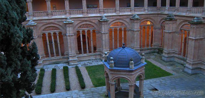 Claustro del Convento de San Esteban en Salamanca