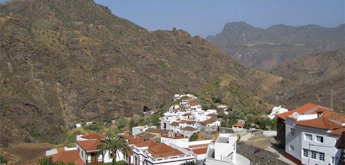 Paisaje montañoso típico del interior de las Islas Canarias