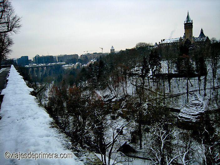 Los puentes y las matacanas también son de lo mejor de Luxemburgo y se pueden visitar en un solo día.