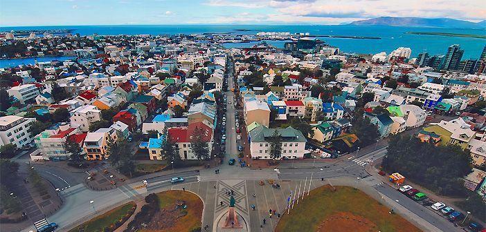 Reykjavik, el nombre de la capital de Islandia, significa bahía humeante