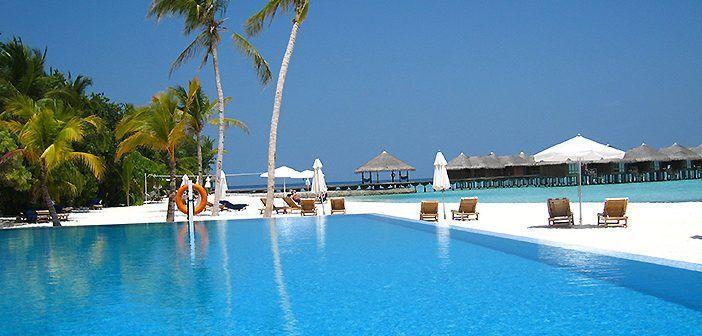 Las islas Maldivas tienen las mejores playas para un viaje combinado de luna de miel a Japón