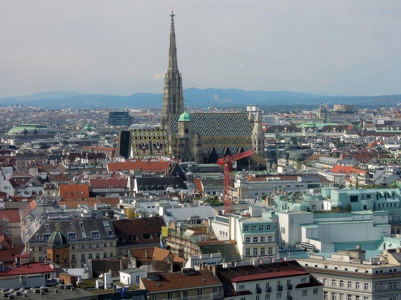 La Catedral de San Esteban de Viena es uno de los lugares que ver en un viaje a la capital de Austria