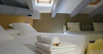 La hospedería Teatrisso es uno de los hoteles rurales con más encanto de La Rioja y está en Cuzcurrita del Río Tirón