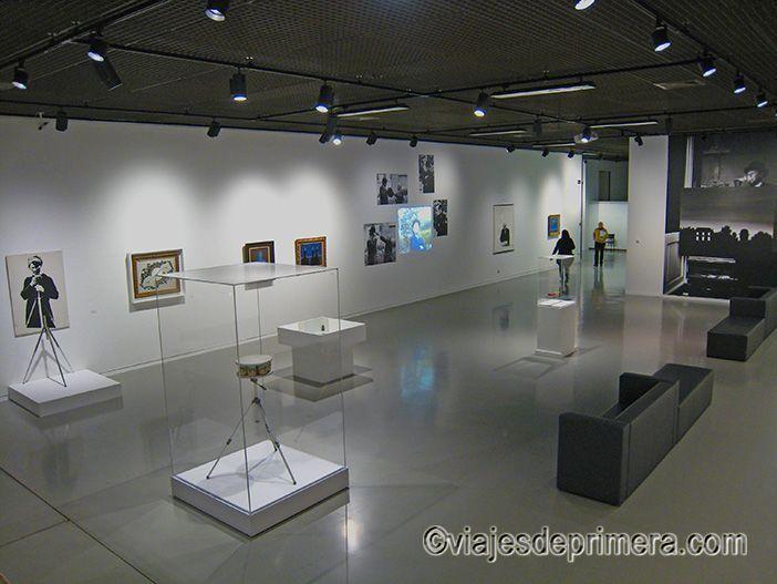 Los Museos Reales de Bellas Artes de Bélgica abrirán 7 días a la semana con motivo de la exposición del 50 aniversario de la muerte de Magritte