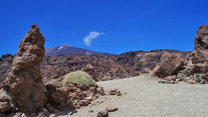 La altitud del Teide lo convierte en un destino de alta montaña aunque esté en las Islas Canarias