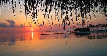 Las Maldivas son un país independiente que está en el Oceáno Índico, al Sur de la India