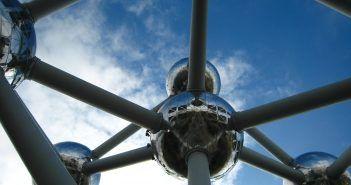 El Atomium es uno de los lugares que ver en Bruselas