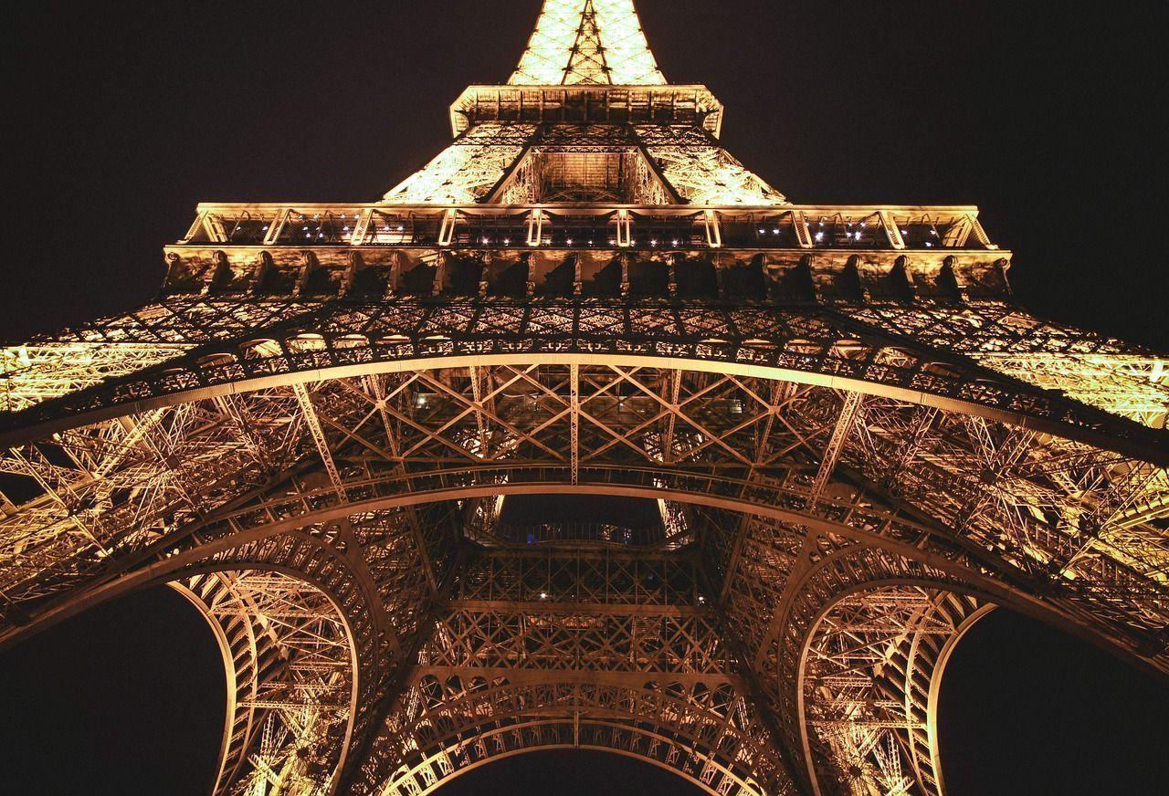 El estudio de ingeniería de Gustave Eiffel fue quien construyó la Torre Eiffel