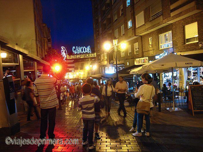 La Calle Gascona es la más típica para tapear si pasas dos días en Oviedo.