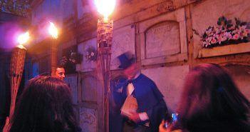 Las visitas guiadas al Cementerio de San Amaro con Fiz de Cotobelo son una de las cosas que hacer en A Coruña