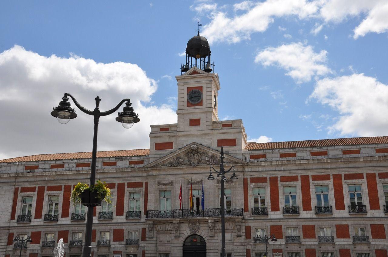 87a8d3848415 Las 10 mejores curiosidades del Reloj de la Puerta del Sol