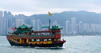 Que hacer en Hong Kong navegar por la Bahía Victoria