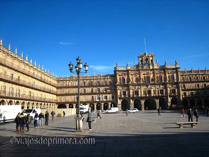 Plazas Mayores de Castilla y León más grandes, la Plaza Mayor de Salamanca es la cuarta