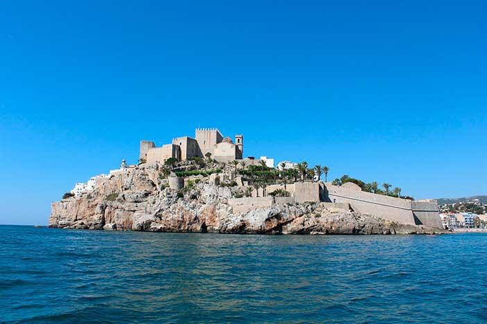 Hay un Castillo del Papa Luna en Peñíscola y un Castillo del Papa Luna en Illueca, Aragón