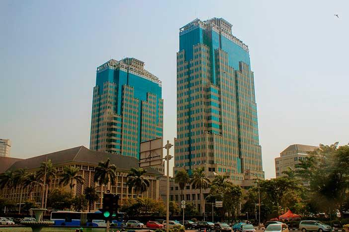 Yakarta se hunde en parte por la constante construcción de edificios