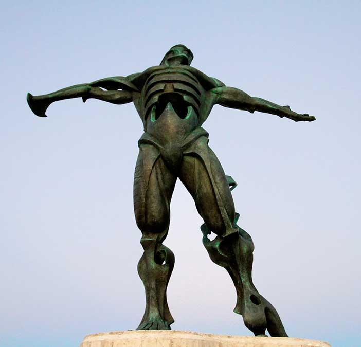 Suances-estatua-de-los-vientos-en-Punta-del-Dichoso
